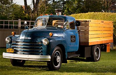 Blue Pizza Luca truck.
